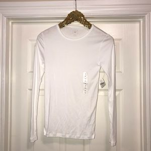 3 for $25 NWT gap tee